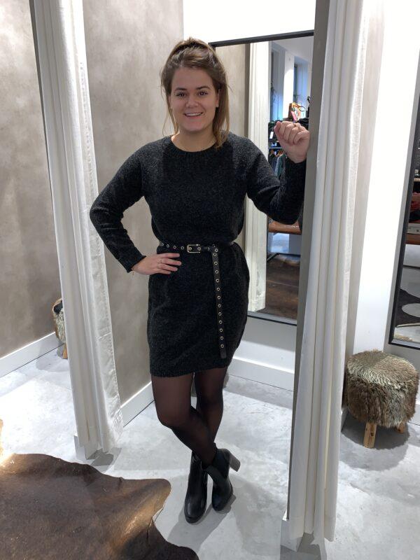 Lange trui donkergrijs
